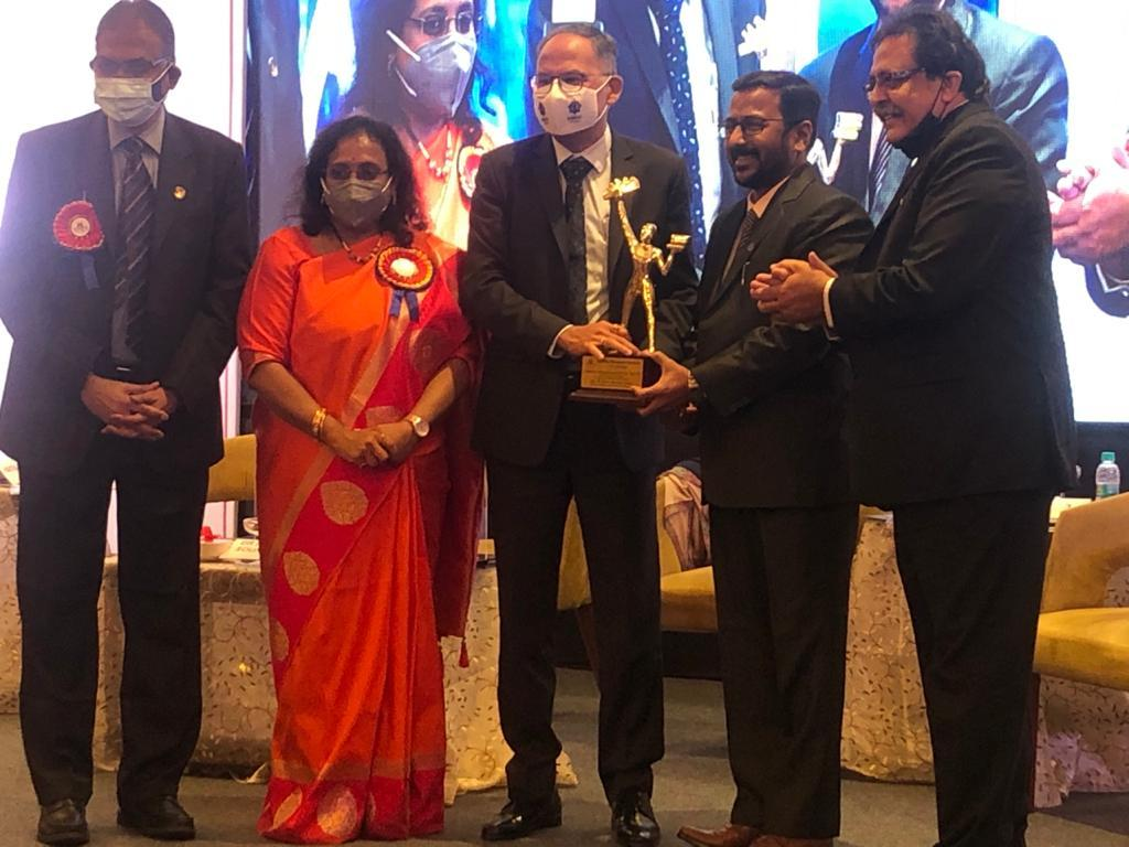 Distinguished Services Award